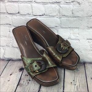 Donald J. Pliner slip on sandals size 8